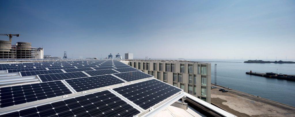 Solpaneler i FN Byen